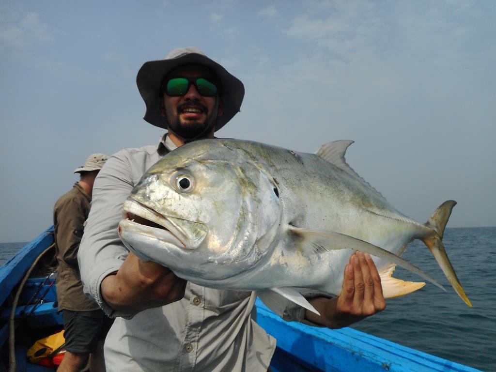 Pêche avec lescaores.com
